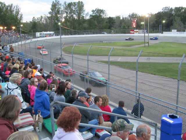 Heat race action